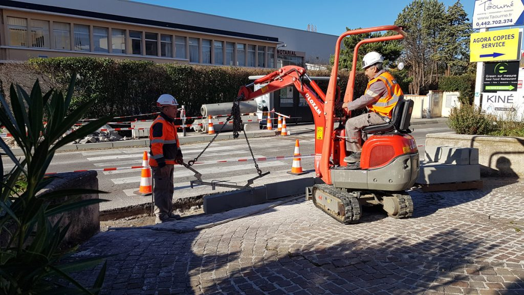 Infrastructure – Des solutions pérennes de sécurisation des cheminements piétons dans la ZI des Paluds à Aubagne